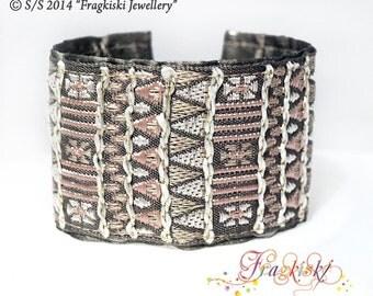 Fabric Cuff Bracelet_Latin America Style