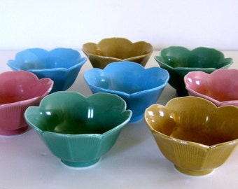 Tulip Bowls, Eight Vintage Pastel Bowl Set, Vintage Lotus Bowl Set of Eight, 8 Dessert Bowls, Ice Cream Bowls, Rice Bowls, Parfait Bowls