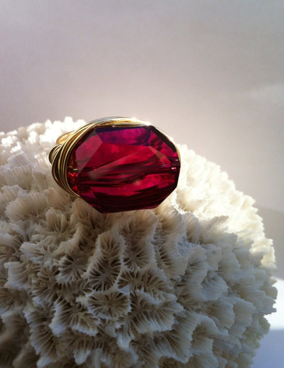 Red Cocktail Ring, Chunky Big Ring, Ruby Red on Gold, Crystal Bling Ring