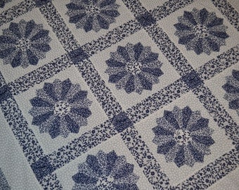 Blue and White Dresden Plate Quilt