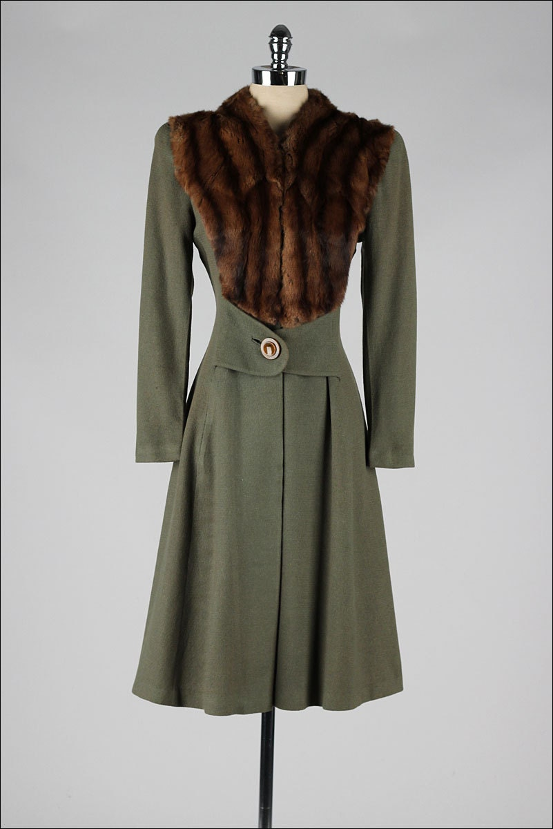 Vintage 1940s Coat Olive Green Wool Gabardine Fur Trim