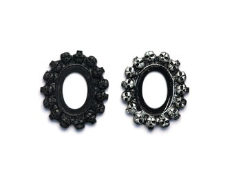 Small Size Set of 2 Gothic Multi Skull Open Back Vintage Style Frame for Cabochon 18mm x 25mm Black or Antique Silver