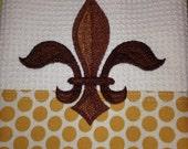 Napoleonic Fleur de Lis (Cream) - Retro Geo Edging - Microfiber Waffle Weave Kitchen Hand Towel