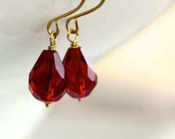 Red Glass Earrings - 'Red Tears'
