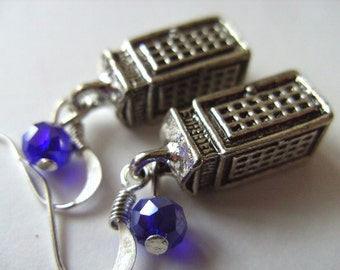 Silver, TARDIS, blue glass bead, 3d, Dr Who, Doctor Who, by NewellsJewels on etsy