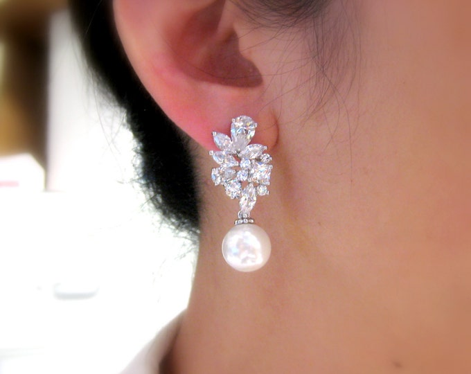 wedding jewelry bridal earrings bridesmaid prom party cubic zirconia multi shape luxury cluster post earrings with 12mm white cream pearl