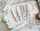 Tofu & Raven (White/Black) Distressed Clothespins Set of 6 - Wedding Banner. Shabby Chic Home Decor. Rustic Photo Display.