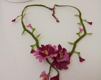 crochet necklace,purple necklace,lilac floral bib,lilac necklace,flower Necklace,statement necklace,violet necklace,c