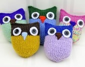 Hand-knitted Soft Baby Owl, assorted color - please shoose one