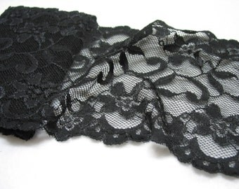 5.5' wide, 1 yd Black Stretch lace