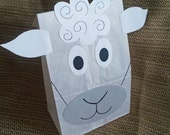 Sheep Treat Sacks - Farm Lamb Barnyard Theme Birthday Party Favor Bags by jettabees on Etsy