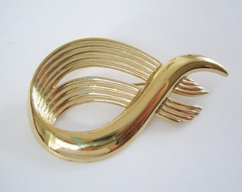 Vintage Gold Tone Classic Swirled Design Brooch by Monet