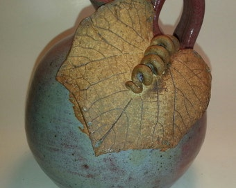 Grape Leaf Oil Lamp