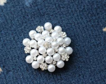 pearl brroch , white pearl brooch supply , brooch bouquet making