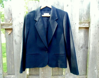 PENDLETON. Wool BLAZER. Pendleton Blazer. ladies blazer. BLACK size 14 looks unworn vintage 1980s