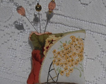 Country French Pincushion Vintage Embroidery Fancy Pins