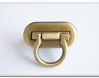 4cm X 2cm twist-locks Purse Flip Locks puse locks,antique brass finish,bag hardware,purse hardware,hanbag hardware