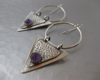 Triangle sterling silver and Amethyst cabochon hoop earrings