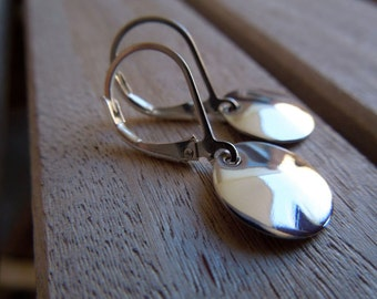 Petite Fine Silver Round Discs and Sterling Silver Lever Back Earrings-Petite Metal Swank In Fine Silver