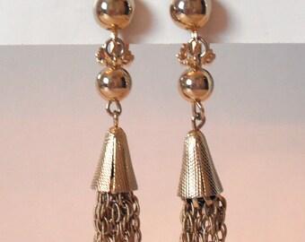 Vintage Goldtone Three-Tiered Clip On Earrings