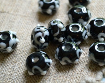 24pcs Lampworked Glass Beads Rondelle Black And White 13x9mm