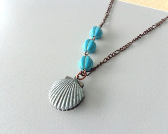 Shell turquoise gems locket