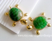 Cute turtle,Gold Plated brass with Rhinestone.Nature Agate Pendant in Green color, Gemstone Pendant, gold plated