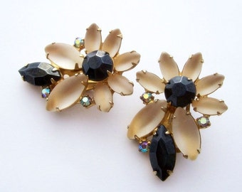 Vintage Floral Earrings / Continental Jewelry / Clip On Earrings / Navette Black & Opaque /Canadian