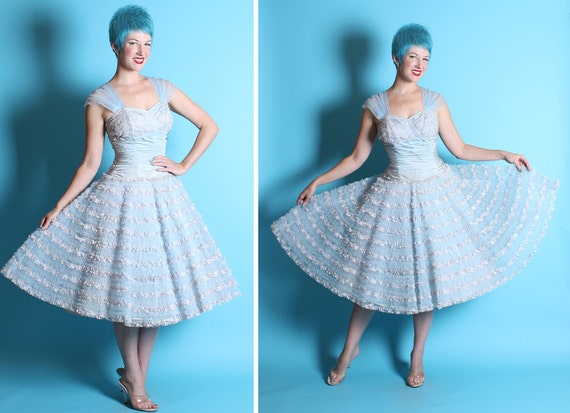 DESIGNER 1950's New Look Baby Blue Tulle, Lace, & Satin Party Dress by Emma Domb - On / Off Shoulder Design - Bridal - Mint - VLV - Size M
