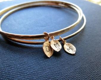 Personalized bridesmaid bracelet, leaf initial bangle bracelet, personalized gift for bridal party, unique bridesmaid gift, initial bracelet