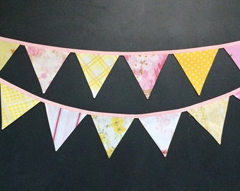 Lemonade Bunting Banner / Fabric Pennant Flag Garland Decoration / Vintage Nursery / Pink and Yellow Baby Girl Shower Decor / Shabby Chic