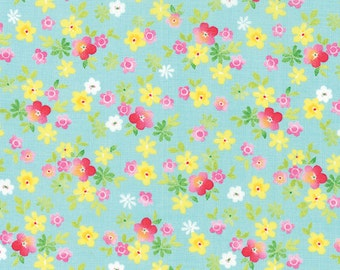 Fleurologie  Moda Quilt Fabric by the 1/2 yard Whisper Aqua  Smal Floral 7193-15
