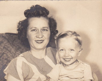 Vintage Photo - Mother and Son - Vintage Photograph - Vernacular - Found Photo  (GGG)