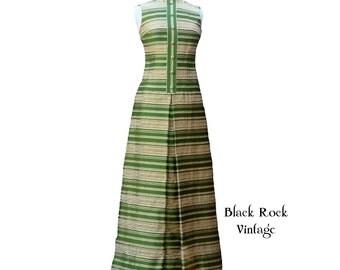 Green Goddess Gown, Vintage 1960s 1970s Size Small/Medium, Gold Metallic
