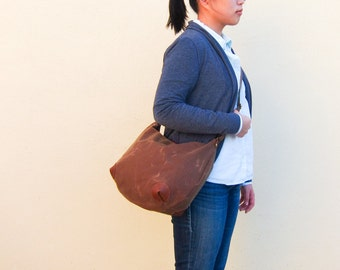 "Crossbody Bag ""round-the-world"" -- Water Resistant Waxed Canvas"