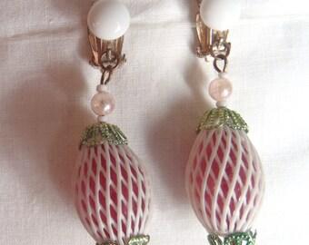 Vintage 1960s Fishnet Dangle Earrings