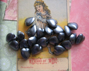 Isn't it  Romantic? Gray Pearl Heart Buttons...vintage...new old stock..1940...lot of 20