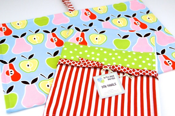READY TO SHIP! Kitchen Dish Tea Towels- Set of 2 in Alexander Henry Apple and Pear Fabric