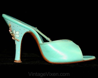 Aqua Blue 1950s Spring-o-lator Shoes - Heels - Hand Painted Seashell Detail - Size 6 A  41403-1