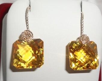 28 cts Natural Emerald Checkerboard cut Lemon Quartz 14kt yellow gold Pierced Earrings