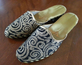 Vintage Dead Stock Greek Gold and Black Heeled Slippers Original Box Size 39 Ladies Gold Satin Lining Leather Soled 1950s