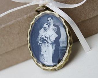 Wedding bouquet memorial charm