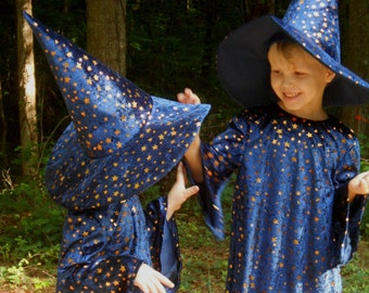 E148   Super Cute Wizard Halloween Costume  Child's size  2 OR 4