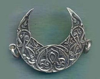 Large Ornate Crescent Moon Jewelry Finding Component 925 CELE2011