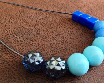 Shades of blue pendant necklace