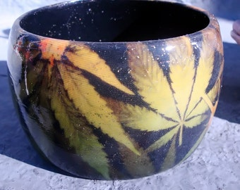 420 bracelet.... size 2  7/8 inch inside diameter....only one available at this time