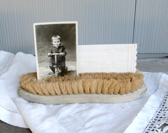 Vintage Scrub Brush | Unique Photo Display