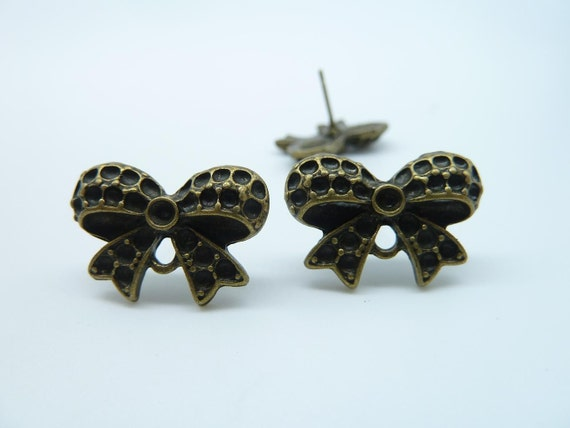20pcs(10 pairs) 14x20mm Antique Bronze Butterfly Bow Pot Earposts with 20pcs Earposts C2149
