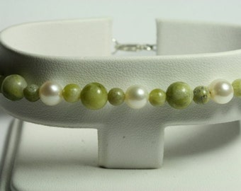 Connemara Marble & Freshwater Pearl Bracelet