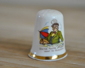 Vintage Doctor Foster china thimble - Finsbury